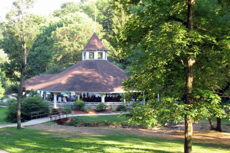Alameda Park Attractions Visit Butler County Pennsylvania