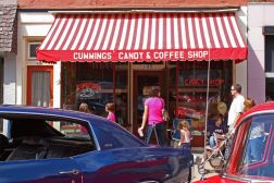 storefront red and white striped awning